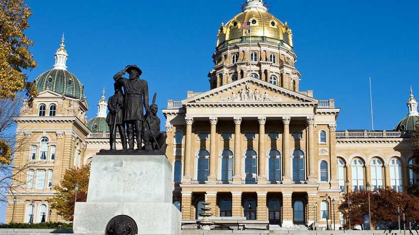 Iowa General Assembly Adjourns Sine Die
