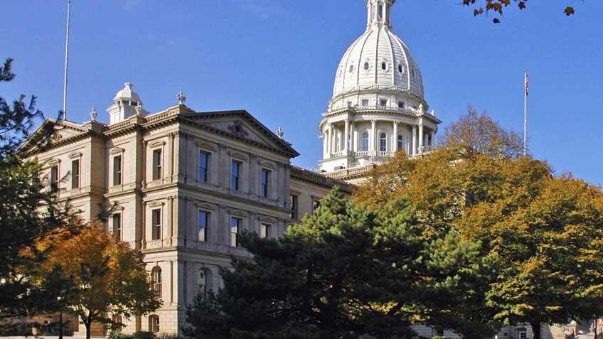 Michigan: Capitol Commission Considering Gun Ban