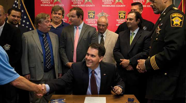 Governor Walker Signs SB 35, Repealing 48-hour Waiting Period