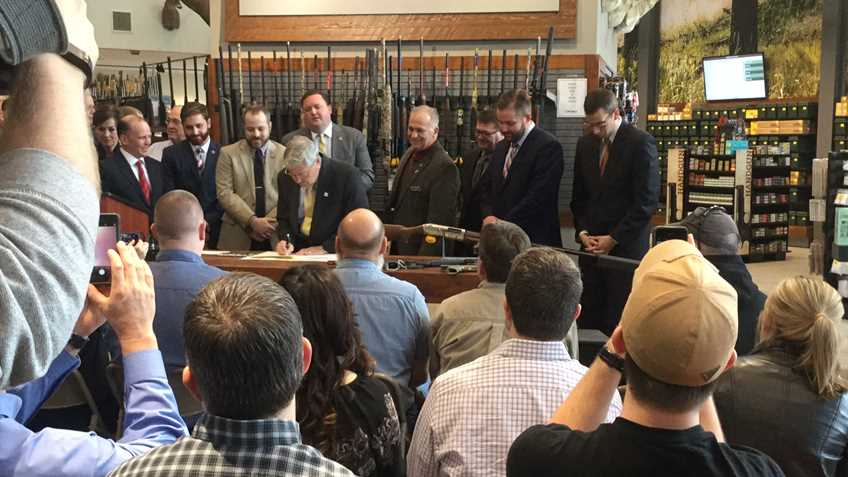 Iowa: Governor Branstad Signs the Hearing Protection Act