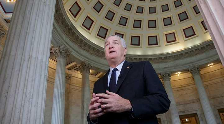 NRA Endorses Sen. Luther Strange in Alabama Special Election