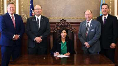 Governor Noem Welcomes NRA to Bill Signing Ceremony